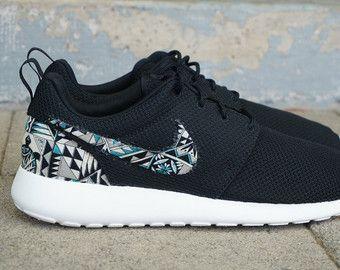 """Nuevas Nike Roshe Run Custom gris negro verde """"Cabo"""" Tribal edición Azteca Mens zapatos tamaños 8-15"""