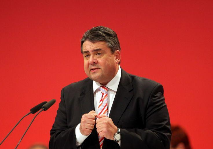 """Unglaublich töricht"": Sigmar Gabriel kritisiert CETA-Beschluss der EU-Kommission - http://www.statusquo-news.de/unglaublich-toericht-sigmar-gabriel-kritisiert-ceta-beschluss-der-eu-kommission/"