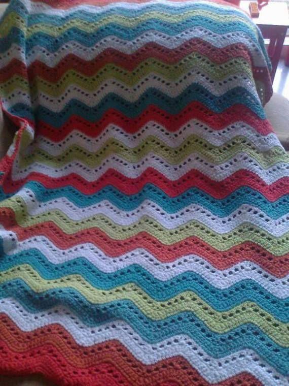 17 best images about crochet on pinterest patrones bebe - Mantas de ganchillo para sofas ...