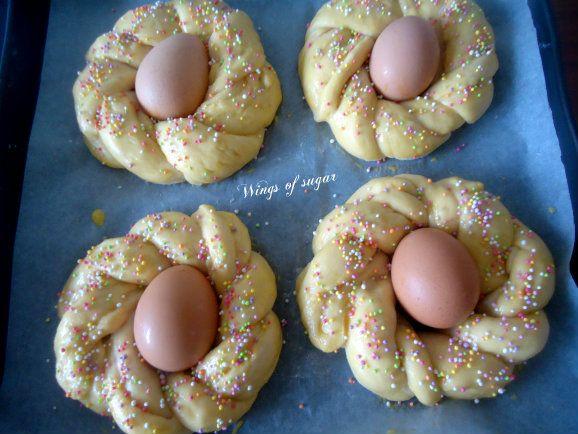 pane di Pasqua coroncine dolci pronte per essere ifornate - wings of sugar blog - Wings of sugar