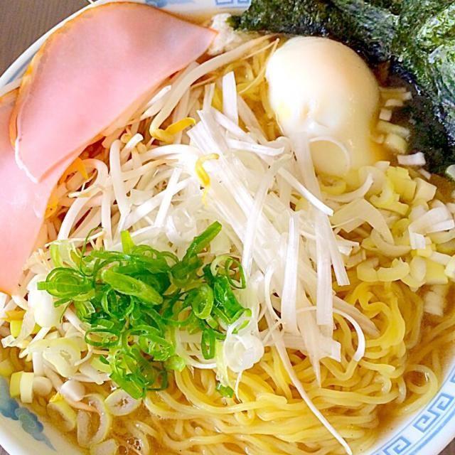 白髪ねぎが相性バツグンです。スープは魚介系醤油ラーメンとなり美味いですよ^ - ^ - 48件のもぐもぐ - あご醤油ラーメン by koukitanabe