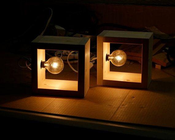 Simple boîte moderne lampe minimaliste Eclairage murale carrée en bois bois bougeoir Table lampe rustique plateau ampoule Style moderniste lampes d