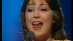 Eurovision 1977 - Marie Myriam - L'oiseau et l'enfant - YouTube