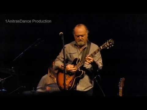 """A Quitter Never Wins""—Tinsley Ellis live new blues video - Rock and Blues Muse. Thanks to Natasha from 1Anitras Dance for the video."