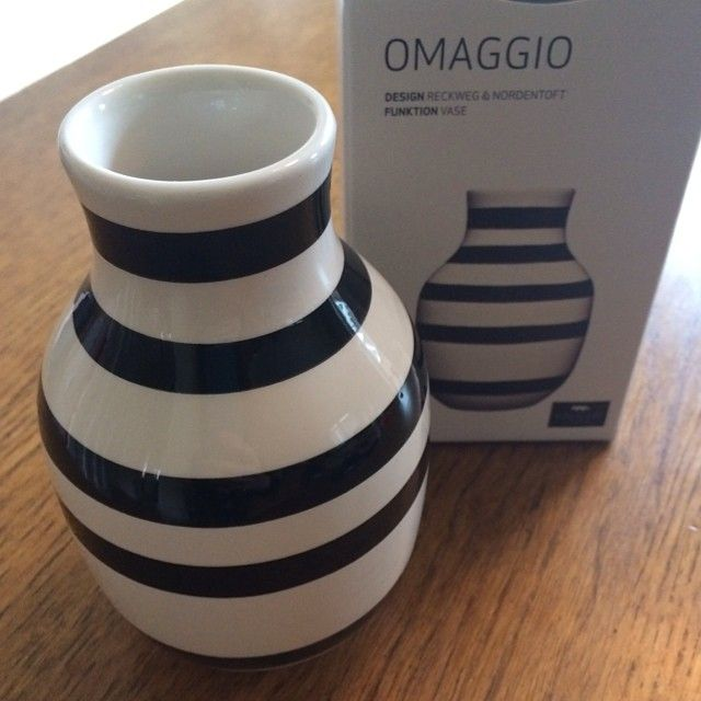 Complimentary gift to all press attending our Midsummer Press Event last week: Mini Omaggio vase by Kahler Design. Iconic Danish Design. Keep your eyes peeled for more CrossEyes London events!  #kahler #kahlerdesign #omaggiovase #pressevent #bloggers #goodiebag #midsummer #scandinavian #nordic #scandi #design