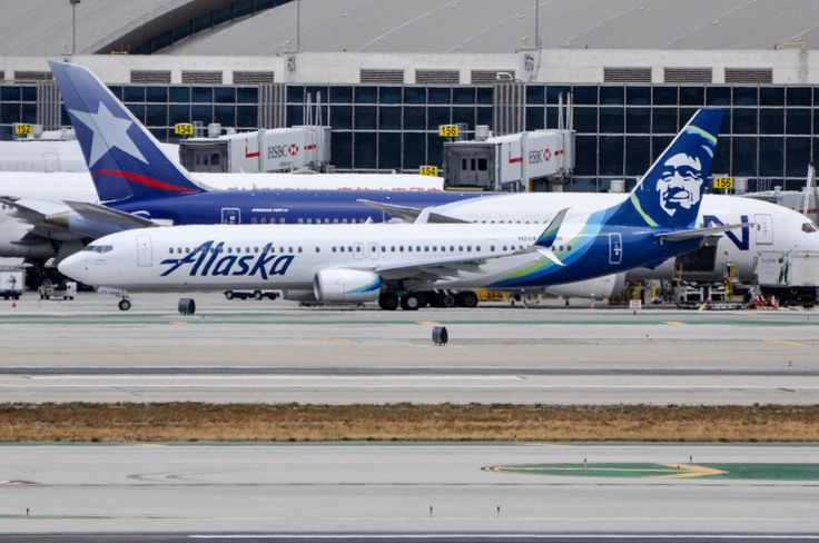 N224AK looking sharp in the new livery and wearing the new registration. Photo taken May 9, 2016.
