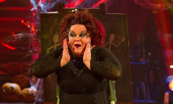 Strictly 2012 backstage gossip: Lisa Riley's weight loss is starting to cause problems | Radio Times http://www.radiotimes.com/news/2012-11-09/strictly-2012-backstage-gossip-lisa-rileys-weight-loss-is-starting-to-cause-problems