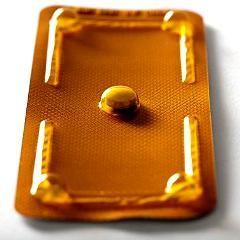 Accès à la contraception d'urgence à l'école : suppression de la condition de « détresse » (France)