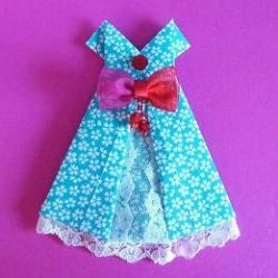 Here is a wonderful resource page dedicated to making an Origami Dress. You will find Origami Fashion links to evening dresses, wedding dresses,...