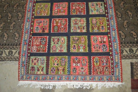 3.5 X 2.5 FT Beautiful Turkish Fine Quality Square Flat Weave Rug Both Side Useable