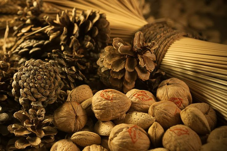 three little halves: Cesnica: The Serbian Coin Bread