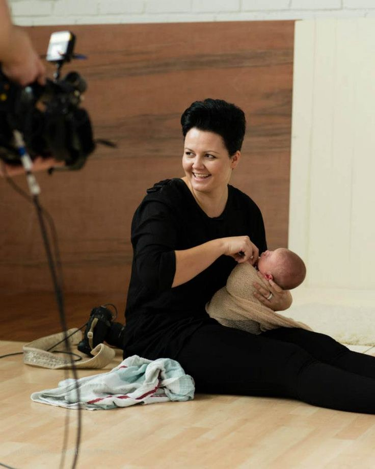Please stop crying! How to work with newborns - Tips for newborn photo shoots