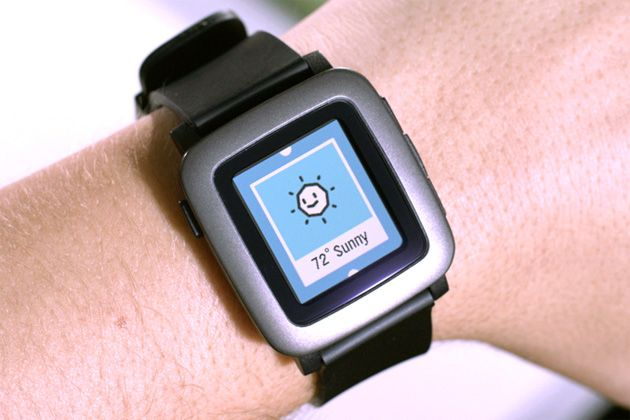 Pebble's color watch is the fastest Kickstarter project to hit $1 million (updated)