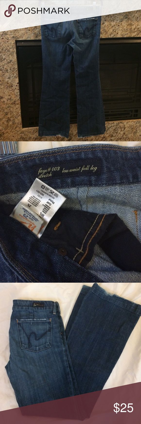 Super Sale! Citizens of Humanity Jeans Citizens jeans size 29. Great condition, only slight wear on back of bottom hem, picture shown. Very flattering and ships same or next day! Citizens of Humanity Jeans Flare & Wide Leg