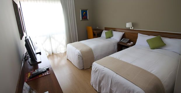 hotel en lima peru - Runcu Hotel - One queen or two twin $84 (website says something about transportation to & from airport included?)