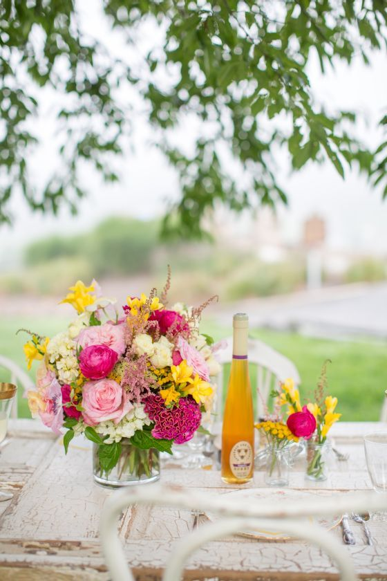 Sweeter than Honey   Pink and Yellow Styled Shoot http://www.theperfectpalette.com/2014/04/sweeter-than-honey-pink-and-yellow.html