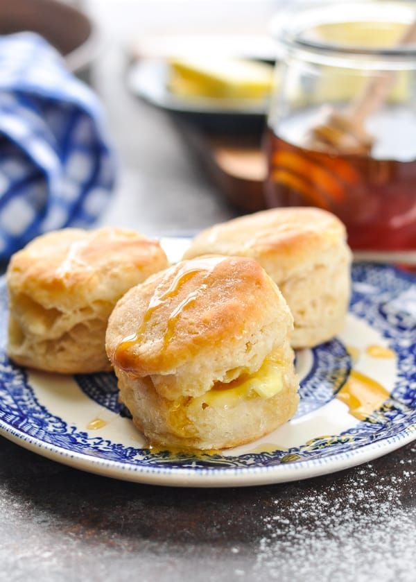 Aunt Bee S 3 Ingredient Buttermilk Biscuits Recipe Buttermilk Biscuits Easy Biscuit Recipe Breakfast Recipes Easy