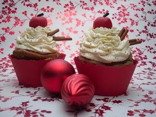 Meine Küchenschlacht: Spekulatius Cupcakes mit Bratapfel Füllung