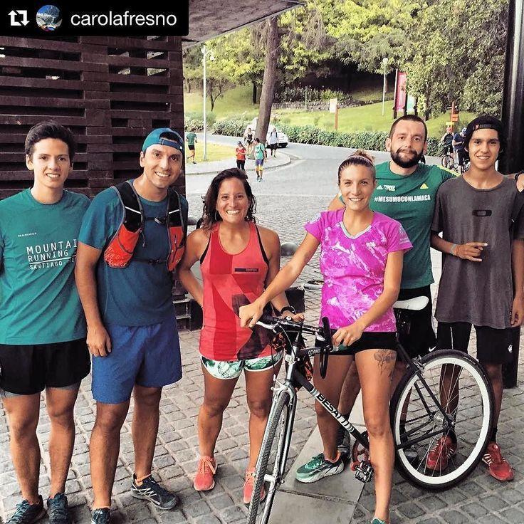 En STGOMRCO no nos detenemos ! #Repost @carolafresno with @repostappy ahora a seguir poniéndole weno al cerro con los @stgomrco. @adidasterrex siempre acompañándome! #stgomrco #mammutchile #cabradelmonte #cervezaquimera #nutricionenbalance #naturalchile #primalchile #club #equipo #crew #training #gooutside #up #run #runner #flat #mountain #trailrunning #running #health #sancris #pulmonverde #santiago #chile