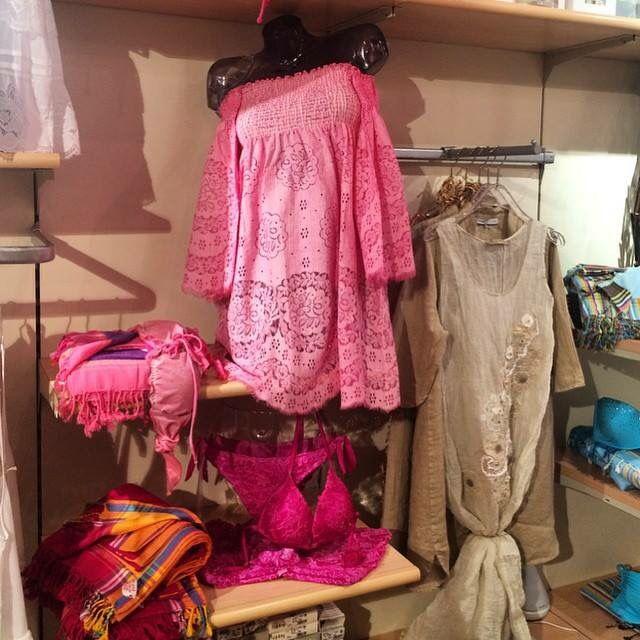 Negozio di intimo e beachwear per tutte le amanti della moda☀️ 3358749872 Visitate il nostro shop online: spedizioni in 24/48h!