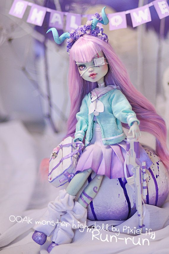 Custom monster high OOAK Frankie Stein Doll Run-Run by LIONdoll