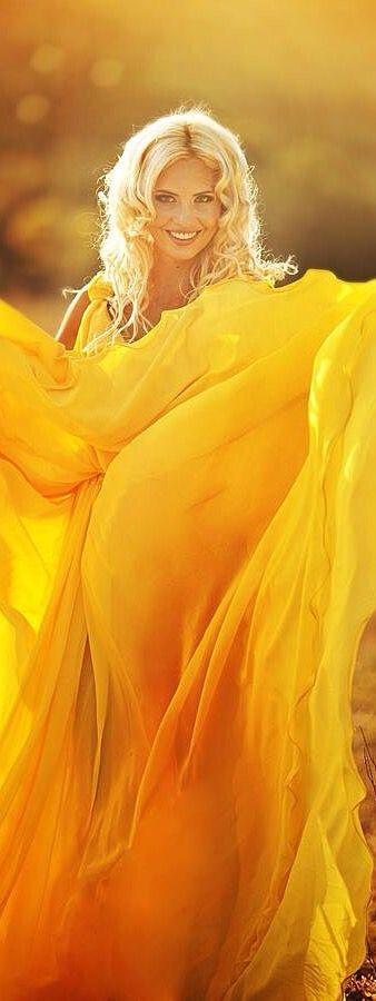yellow.quenalbertini: Yellow gown