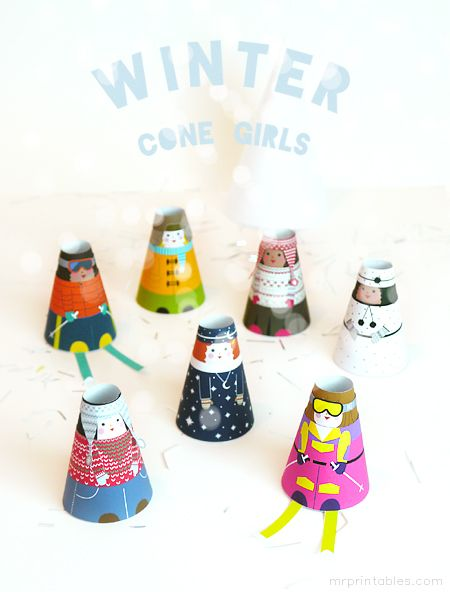 Cone Girls printable paper dolls - winter outfits