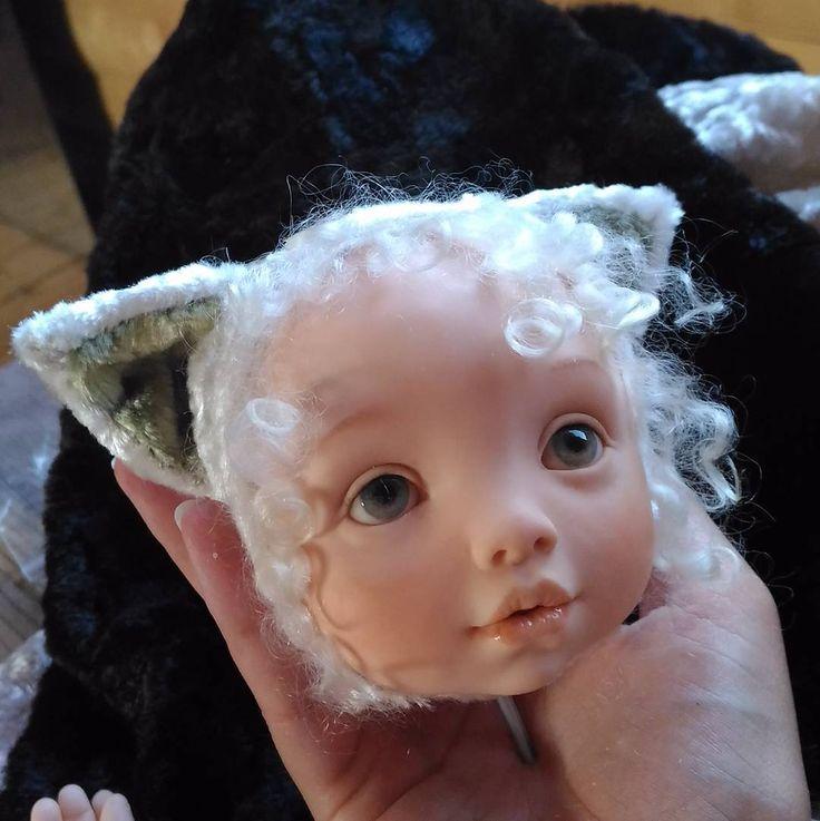 Тадам... итак она Китти... Я извиняюсь за скорость. Куча других дел и лето полным ходом. Но вот все отшито, и в четверг буду собирать ее. #куклысвоимируками #куклавпроцессе #кукларучнойработы #кукла #куклавподарок #теддидолл #тедди #teddydoll #dollmakingprocess #artdoll