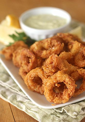 Calamari Fritti with Pepperoncini Aioli- makes the perfect holiday appetizer. Yum!