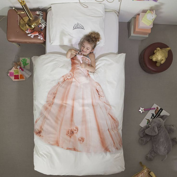 one way to lure her into her bed - princess single bedding set by little baby company FORGET MY DAUGHTER I WANT ONE!!!!