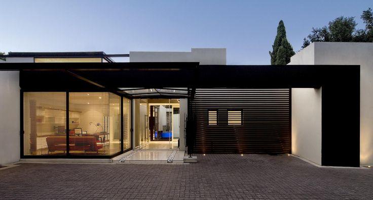 #House Mosi by Nico van der Meulen #Architects