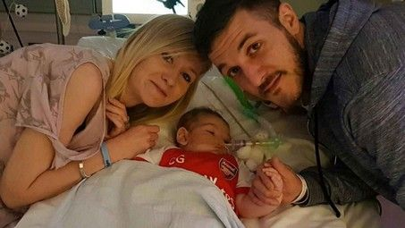 "A Socialized Medicine Death Sentence: The tragic ordeal of Charlie Gard Lloyd Billingsley, The European Court of Human Rights has ruled against Chris Gard and Connie Yates of the United Kingdom, whose 10-month-old child Charlie Gard will be ""allowed to die,"" a decision supposedly ""in his own best interest,"" as a British judge put it.... http://conservativeread.com/a-socialized-medicine-death-sentence-the-tragic-ordeal-of-charlie-gard/"