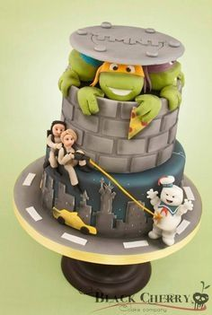 Teen Ninja Turtles and Gost Busters cake, what a combo