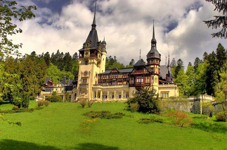 Locuri de vizitat in Romania. Castelul Peles in imagini