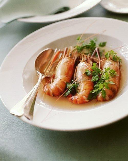 Head-On Shrimp in Tomato Chervil Broth RecipeHeadon Shrimp, Fish Seafood, Tomatochervil Broth, Shrimp Recipe, Head On Shrimp, Seafood Dishes, Tomatoes Chervil Broth, Healthy Food, Broth Recipe