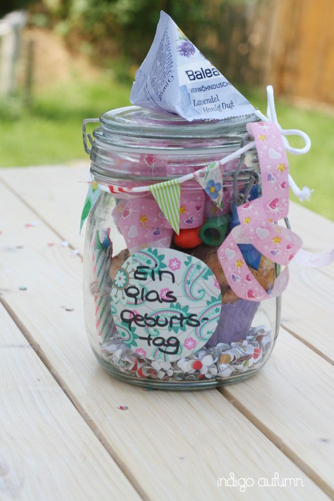 Birthday jar! Looking for a cute present for a Birthday? Just give them a Birthday jar!
