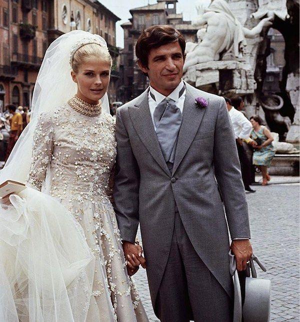 Love Love Love The Wedding Dress From The 1969 Film The Adventurers Candice Bergen Looks Unreal In It P Vintage Bride Celebrity Bride Celebrity Weddings