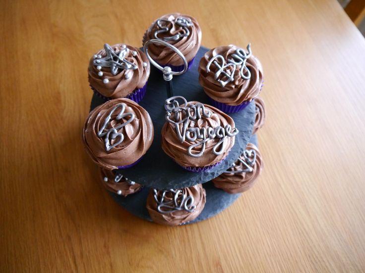 Bon voyage chocolate cupcakes