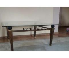 Masa din sticla suport de metal Ciocanesti - Anunturi de mica publicitate