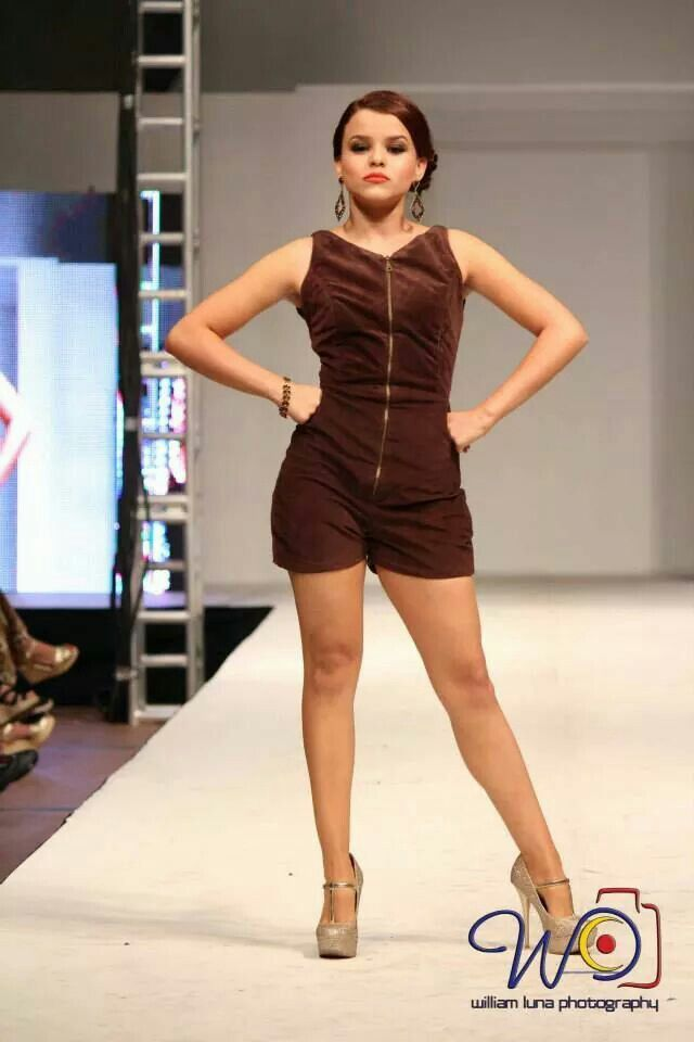 Short romper by Rebeca Ruiz Galloza. Rasgos Collection