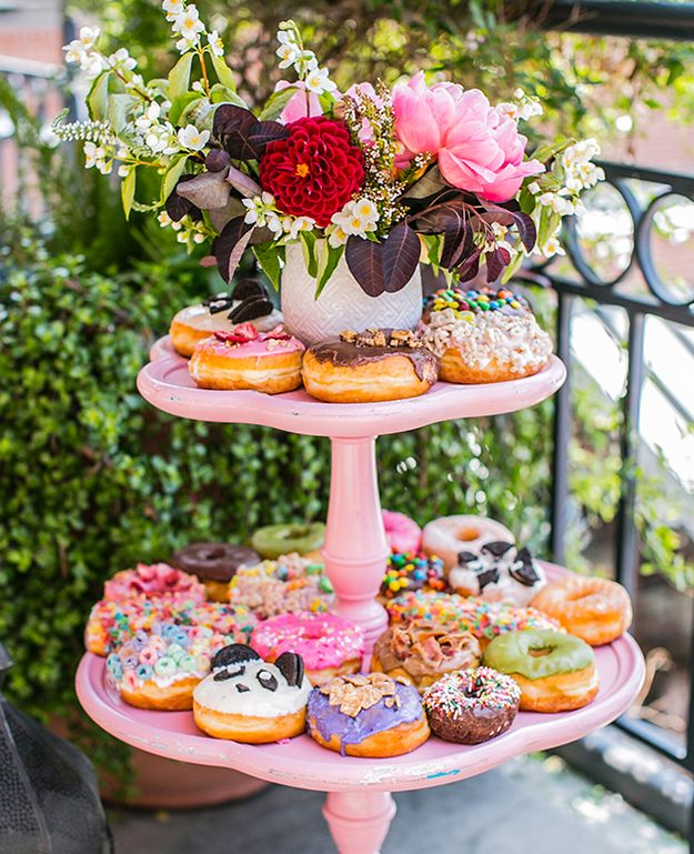 1000+ Images About Doughnut Dessert Displays On Pinterest