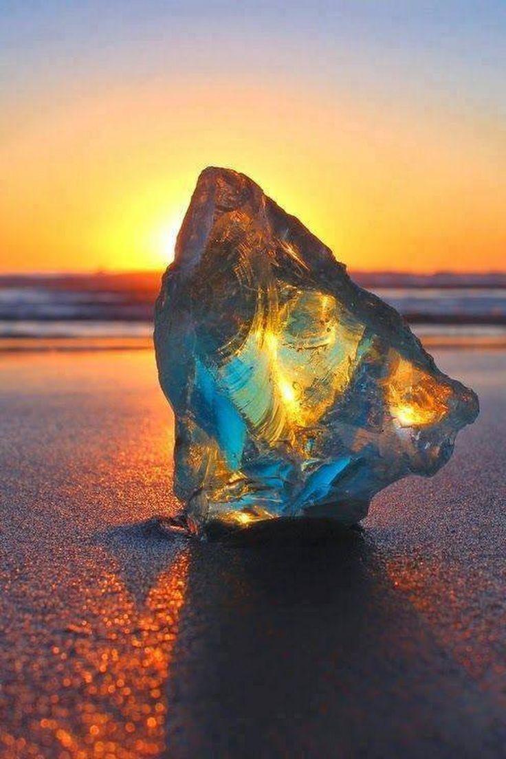 An amazing Opalized Rock - Interesting Things - Google+