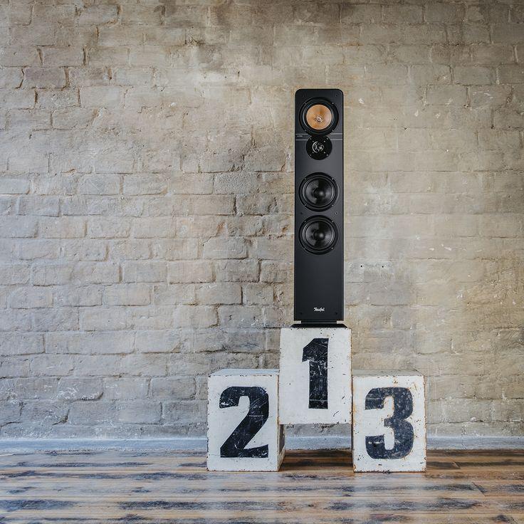 Ultima 40 Teufel Stereo-Lautsprecher Ultima 40 Mk3. HiFi-Standlautsprecher-Paar der Spitzenklasse aus unserer beliebtesten Lautsprecher-Serie. Unsere beliebteste Standbox haben wir behutsam optimiert und verfeinert. Gleich geblieben ist das unschlagbare Preis/Klangverhältnis. So wird man zur Legende. Jetzt entdecken! <a class=