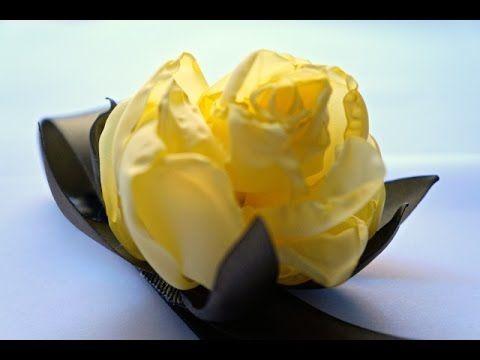 "طوق شعر مزين ب""وردة مجففة""  The ""Dried Rose"" Headband"