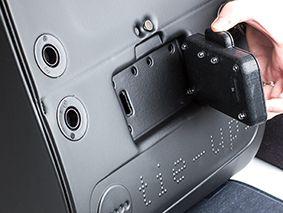 GocciaGoccia - Tie-Ups Accessori Moda luce interna con accensione automatica all'apertura della borsa.