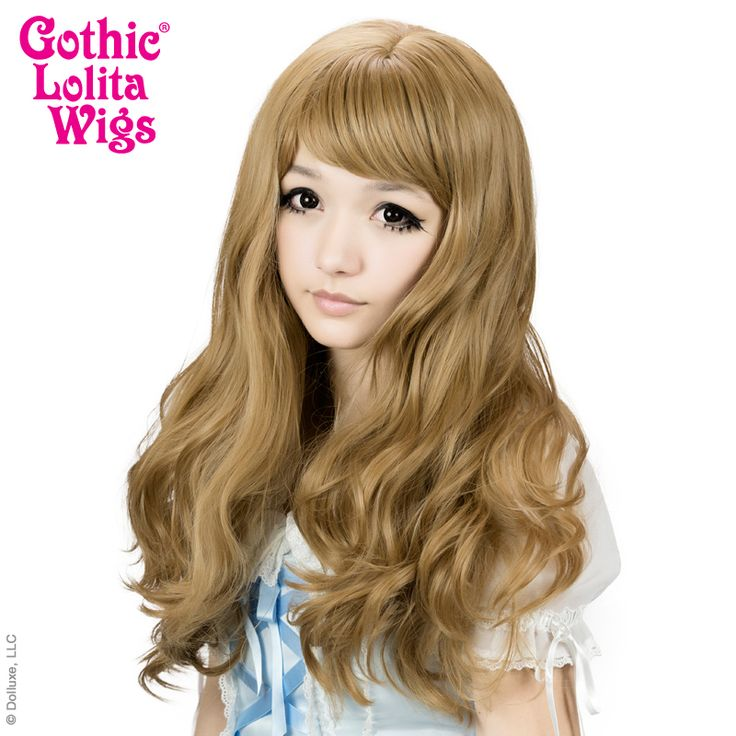FRONT VIEW: Heart Breakers Wigs are long natural wavy synthetic hair with loose curls and versatile Korean and Japanese Classic Lolita, Gryaru, Ulzzang/Uljjang hairstyles. Get that heartbreaker look in this Honey Milk Tea Mix! Model: Houston Lolita - Lauren Addington