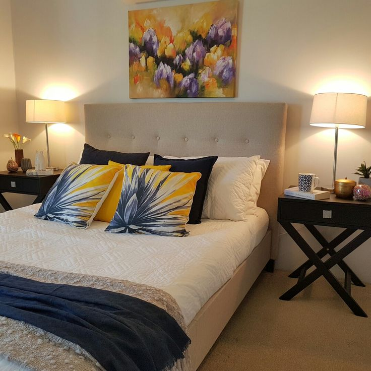 25+ Best Ideas About Navy Yellow Bedrooms On Pinterest