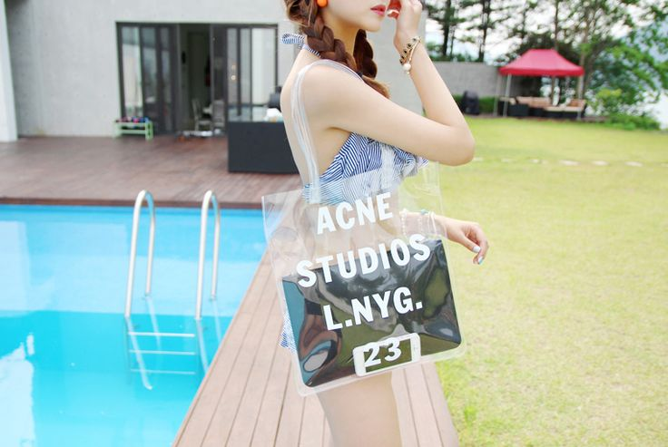 Korea Womens Luxury Shopping Mall [mimindidi] #koreafashionshop #Fashionwomen #korea #dailylook #dailyfashion #outer #tops #blouse #knit #cardigan #dress #skirt #pants #bag #shoes #acc #summerwear #koreafashion #bag #summerbag #beachbag #dailybag #romanticbag #luxurybag Studios bag / Size : Free / Price : 42.25 USD