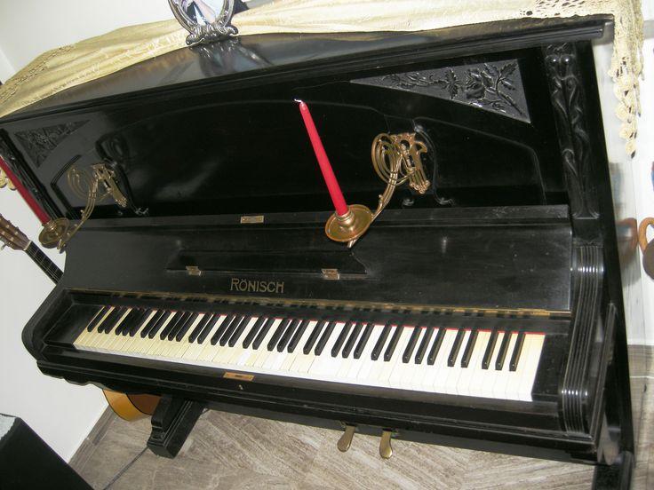 Mein Rönisch-Klavier aus dem Jahre 1909 :)