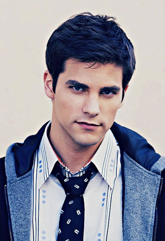 holy gorgeous brant Daugherty pretty little liars Noel